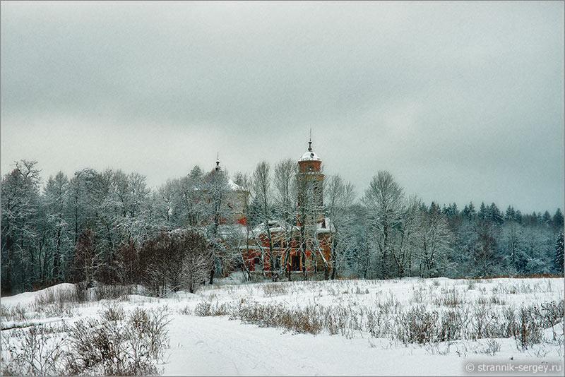 Знаменская церковь в усадьбе Тёплое архитектора Львова