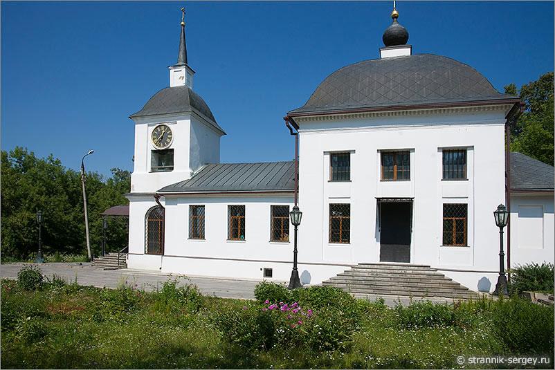 усадьба Щапово Церковь Успения Пресвятой Богородицы башенные часы