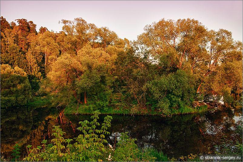 стрелка слияние рек Десны и Пахры