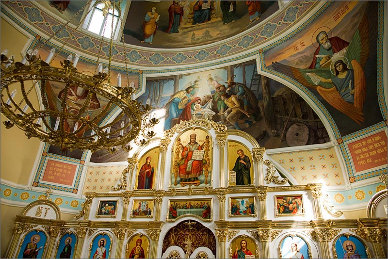 храм Бориса и Глеба фрески
