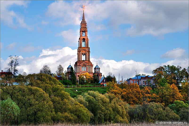 ванова гора - самая высокая церковь в Подмосковье на берегу реки Нары