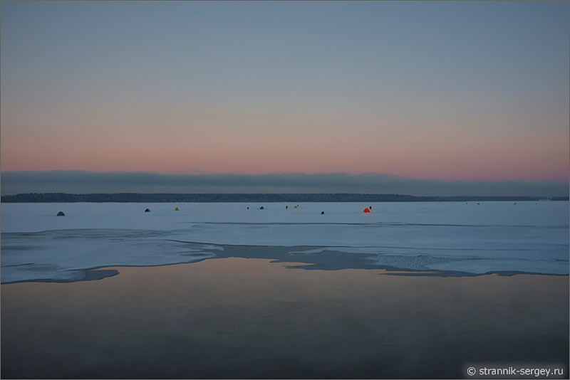 Зима озеро Святое