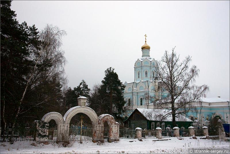село Власово Покровская церковь старое кладбище