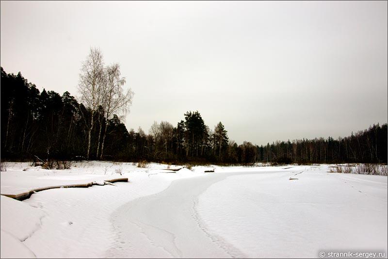 река Воймега зимой